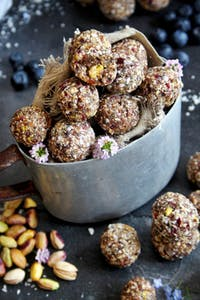 Leckere Superfood-Kugeln: Bliss Balls