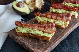 Tartines Bacon-avocat