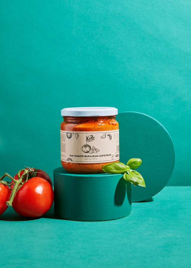 Organic tomato and basil spread 400 g