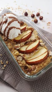 Baked apple porridge